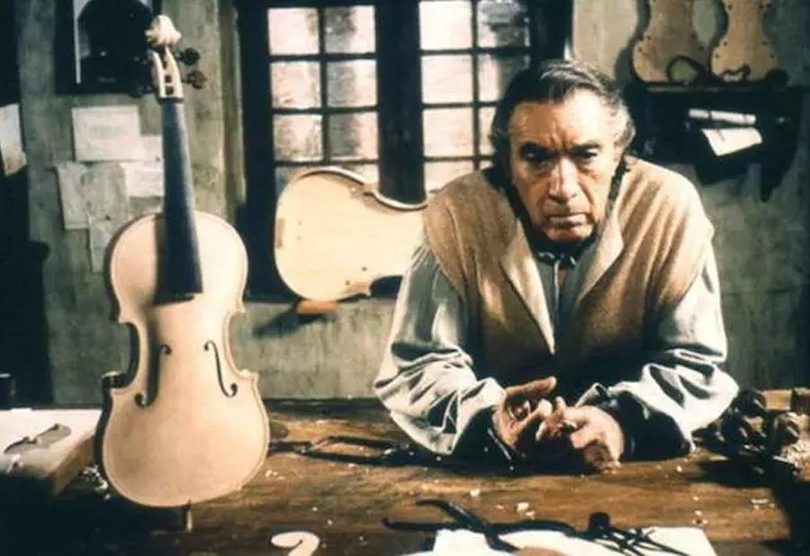 1988年意大利电影《安东尼奥·斯特拉迪瓦里》剧照