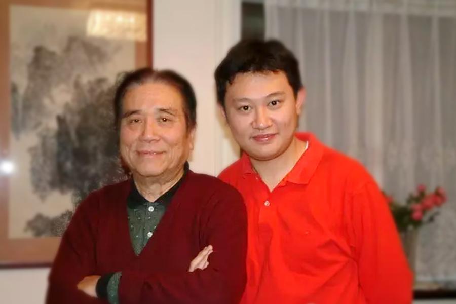 林耀基与他的学生陈曦