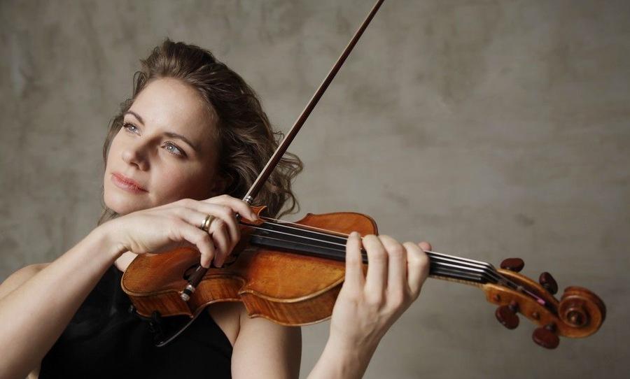 小提琴家朱莉娅·费舍尔