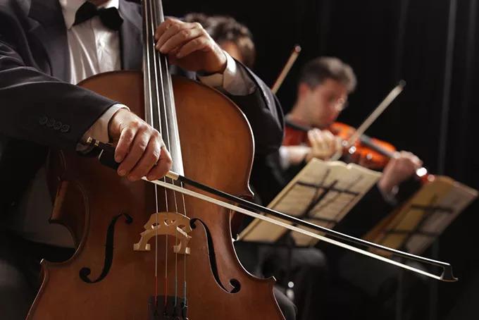 大提琴演奏