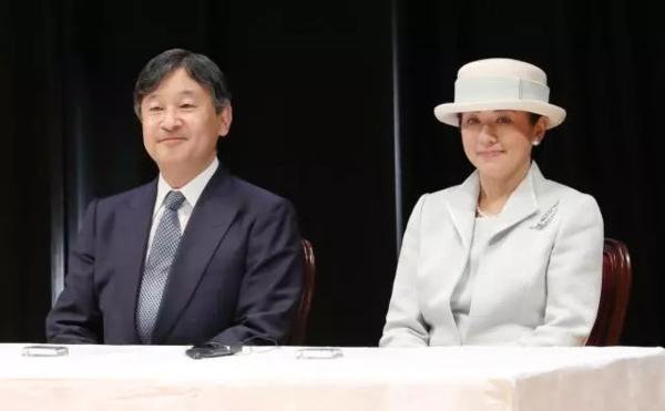德仁与妻子雅子,5月1日成为新天皇与皇后