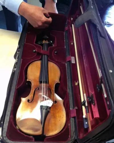 Min 买下这把斯特拉迪瓦里小提琴